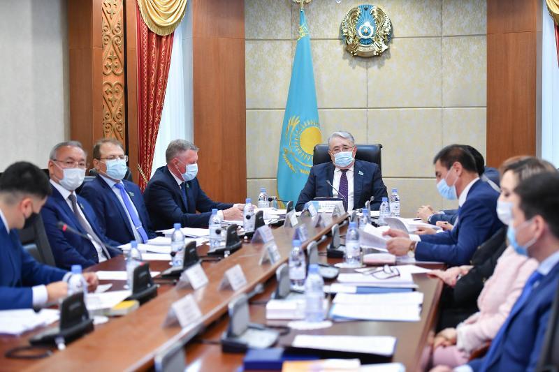Владимир Волков: Законодательство должно быть простым и эффективным в применении