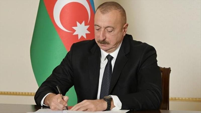 Президент Азербайджана наградил Олжаса Сулейменова орденом «Şərəf»