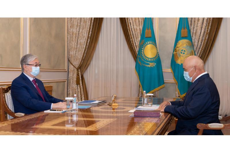总统接见突厥斯坦州州长