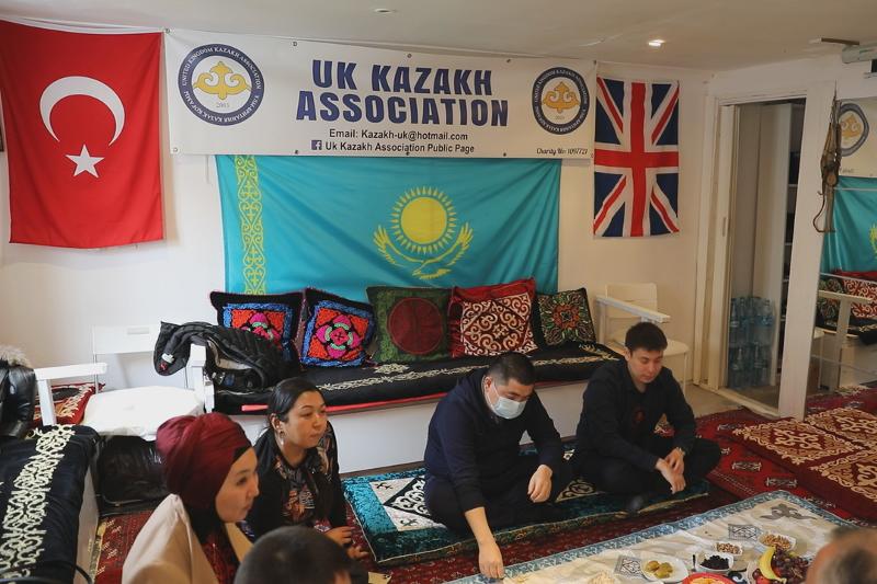 """""""同胞""""基金会为外国哈侨开设哈萨克语在线课程"""