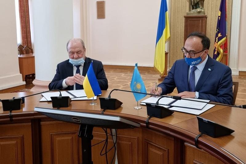 Казахстан и Украина наращивают сотрудничество в области образования