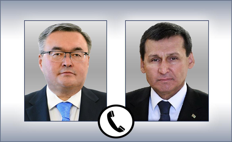 哈萨克斯坦和土库曼斯坦外长举行电话会谈