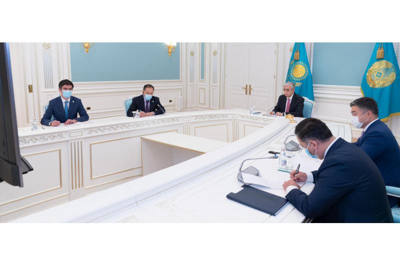 Президент РК обсудил регистрацию QazVac с гендиректором ВОЗ