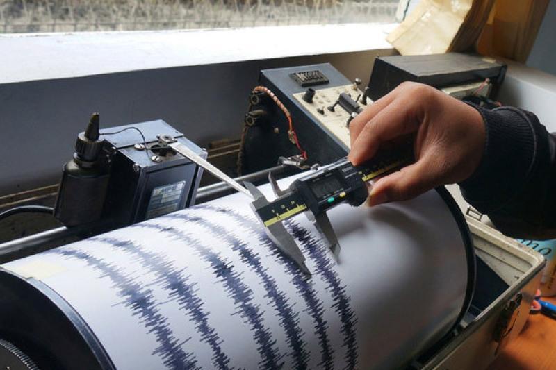 阿拉木图西南方向853公里处发生地震