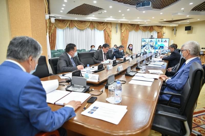 Сенатор: Мемлекеттік басқару жүйесін инновациялық дамуға бағдарлау қажет
