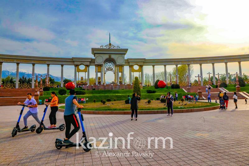 Сколько дней отдохнут казахстанцы в июне