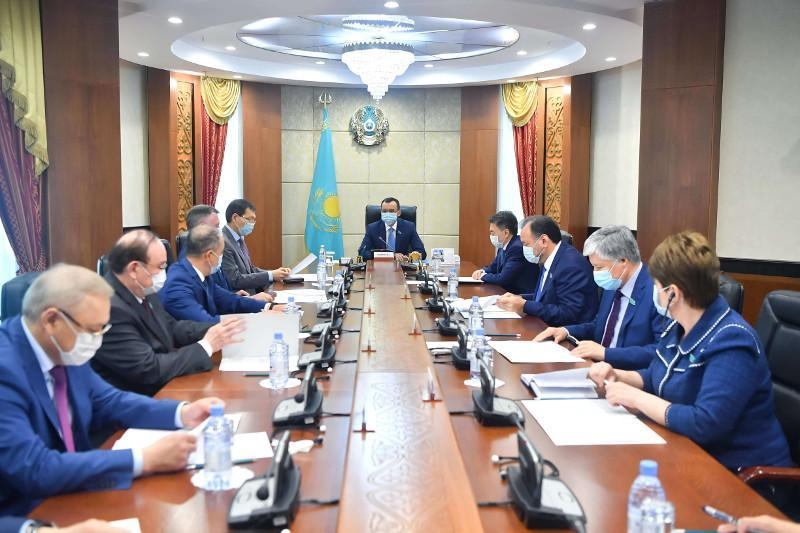 Senate to debate agr't between Kazakhstan and Azerbaijan on migration cooperation