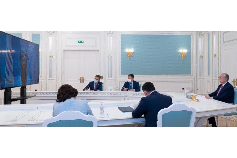 托卡耶夫总统与世贸组织总干事举行视频会谈
