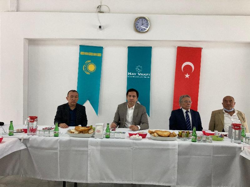 土耳其哈萨克人举办活动 纪念政治迫害和大饥荒受害者