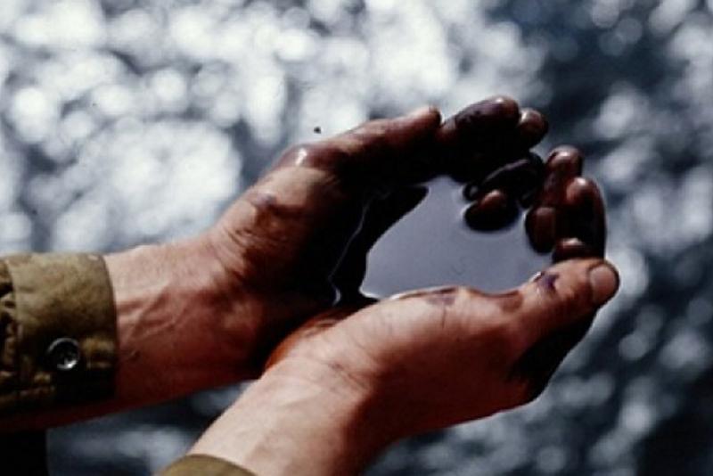 Жаҳон бозорида нефт нархи 71 доллардан ошди