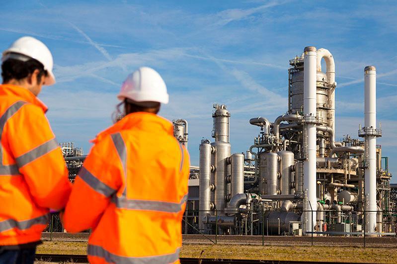 В какие страны Казахстан экспортирует продукцию нефтехимии