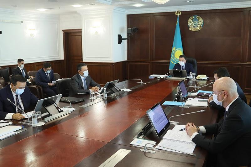 Аскар Мамин провел заседание Проектного офиса по вопросам предпринимательства