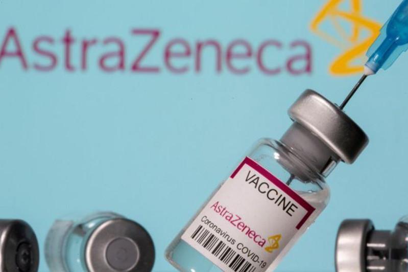 Казахстан прекратил переговоры по вакцине AstraZenecа