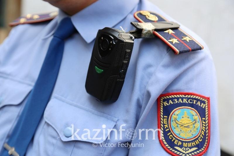 День госсимволов алматинские полицейские отметили хоровым исполнением Гимна