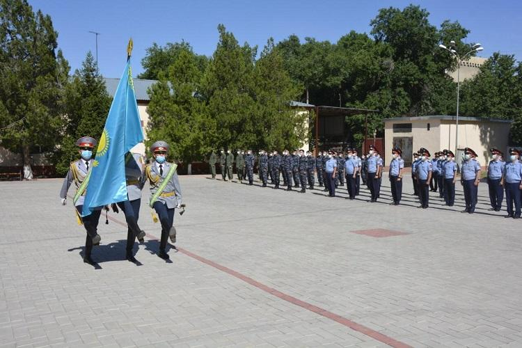 День госсимволов жамбылские полицейские отметили хоровым исполнением Гимна