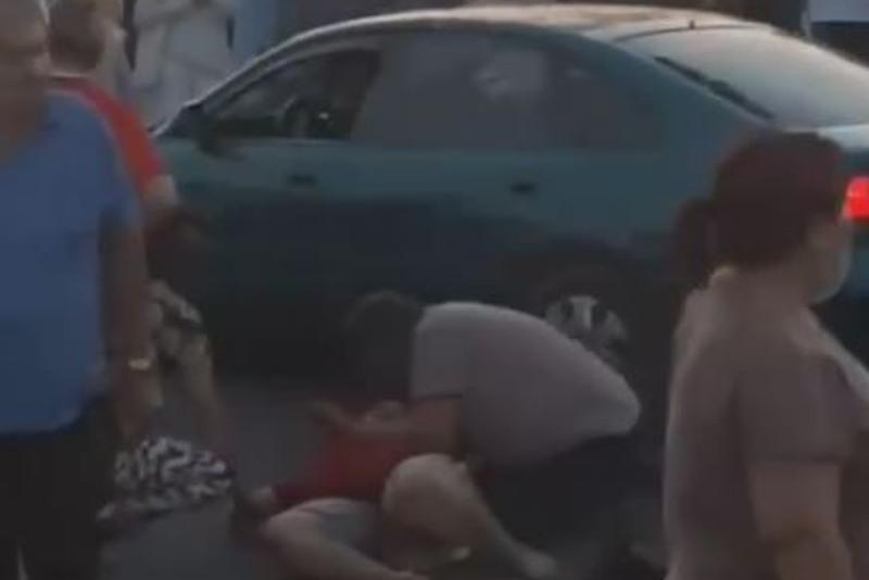 Пьяный водитель сбил трех человек в Алматы