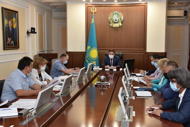 Дальнейшую работу комиссии по реабилитации жертв политрепрессий обсудили в Акмолинской области