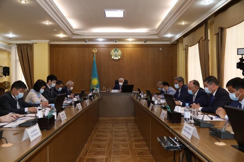 Обеспечить имеющееся поголовье полноценными кормами поручил Бердибек Сапарбаев