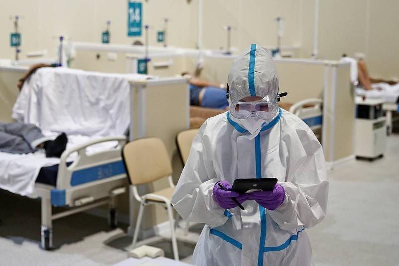 Заболеваемость коронавирусом в мире снизилась на 15% за неделю – ВОЗ