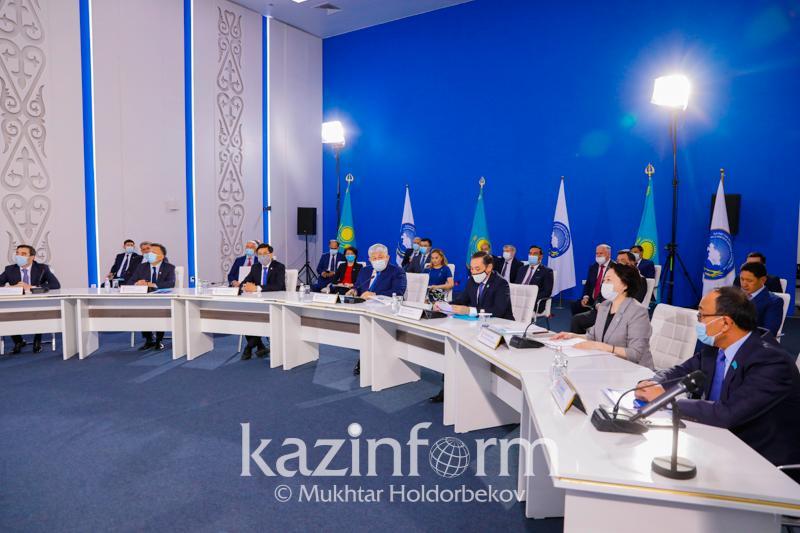 Начало свою работу расширенное заседание Совета АНК