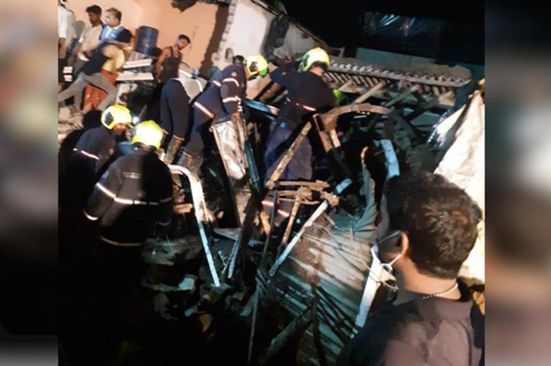 Мумбаида ғимарат опырыла құлап, 11 адам ажал құшты