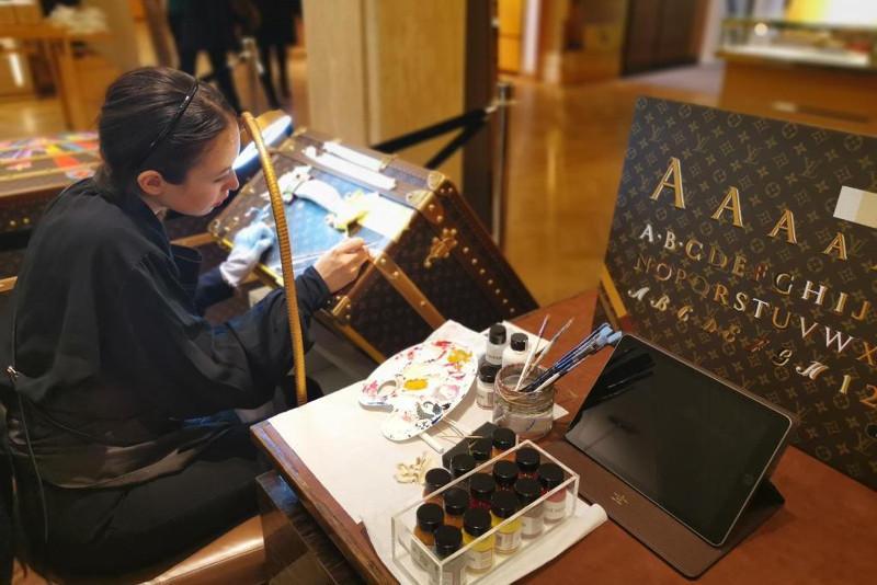 Қазақстандық суретші әйгіліLouis Vuitton-нан шақыру алды