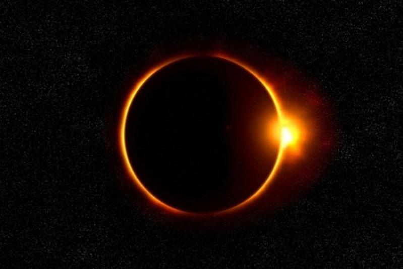 Прямая трансляция кольцеобразного солнечного затмения