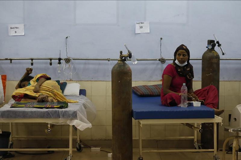 India reports highest single-day COVID-19 deaths