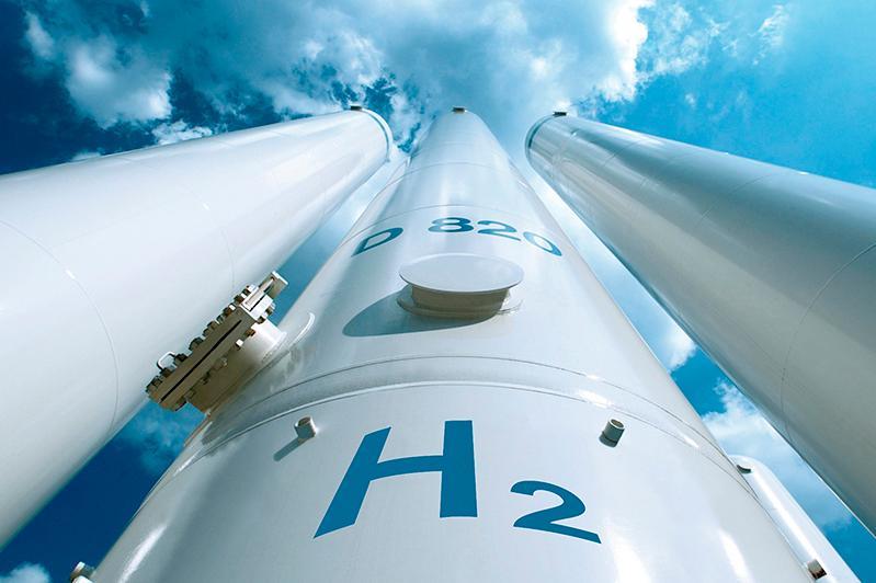 Касым-Жомарт Токаев дал поручение по водородной энергетике