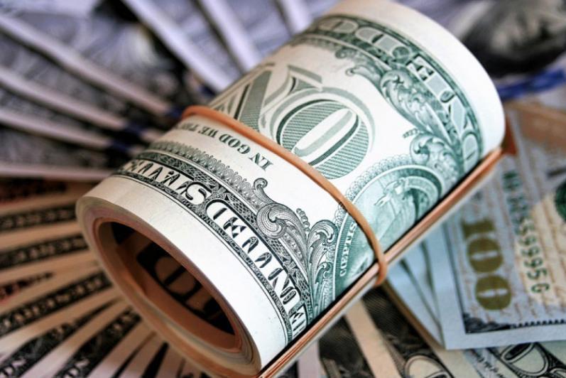 今日美元兑坚戈终盘汇率1: 427.52