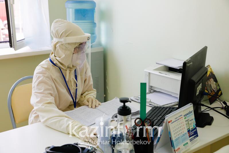 疫情形势:巴甫洛达尔州的疫情风险等级由黄转绿