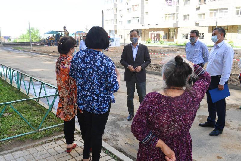 Алматы әкімі Әуезов ауданының инфрақұрылымдық даму барысымен танысты