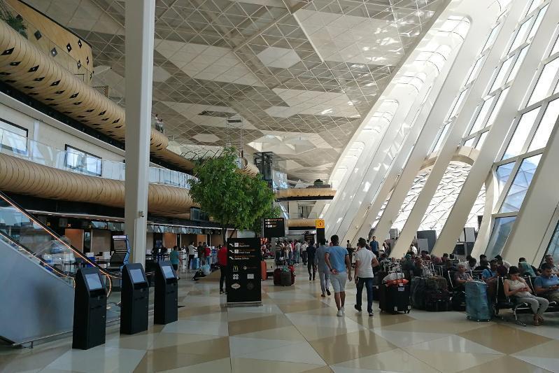阿塞拜疆今后将要求航班旅客提供COVID护照