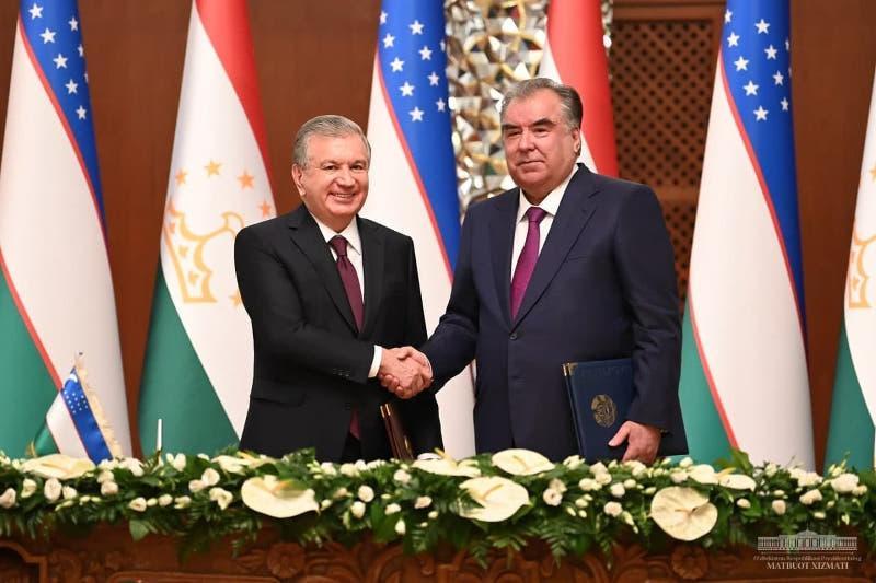 На миллиард долларов подписали инвестиционные соглашения Узбекистан и Таджикистан