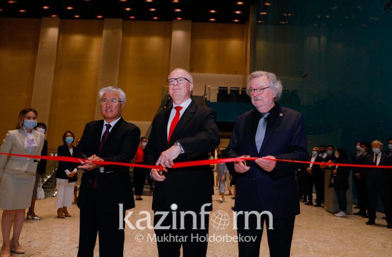 Взгляд исторический и современный: выставка наследия Альфреда Брема открылась в Нур-Султане