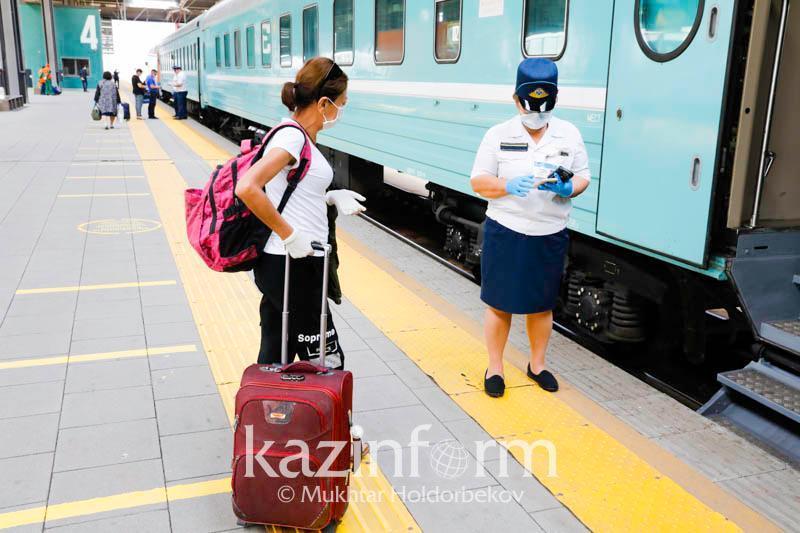 Разрешена посадка/высадка пассажиров на станциях Усть-Каменогорск, Ново-Усть-Каменогорск