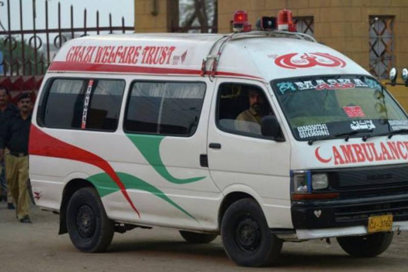 巴基斯坦一巴士翻车致18死30余伤
