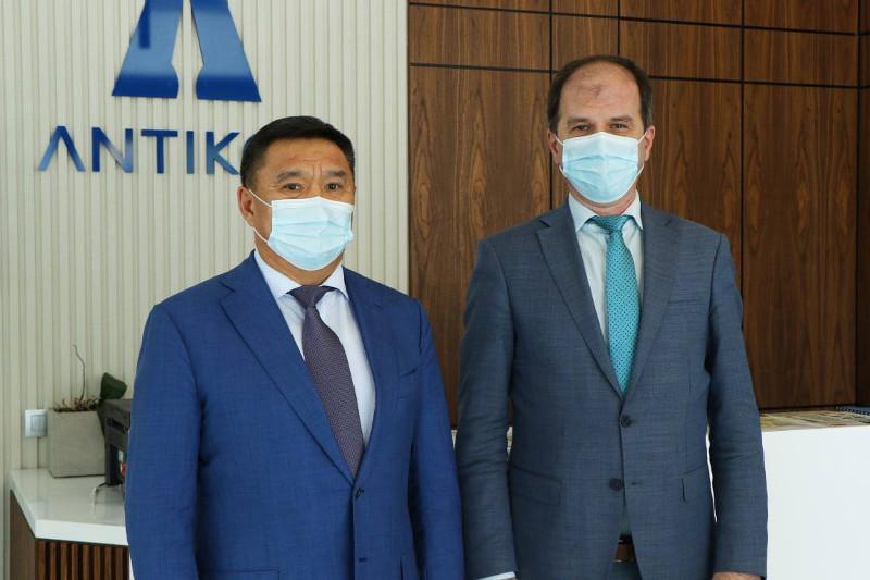 Марат Ахметжанов встретился с постоянным представителем ПРООН в Казахстане Якупом Беришем