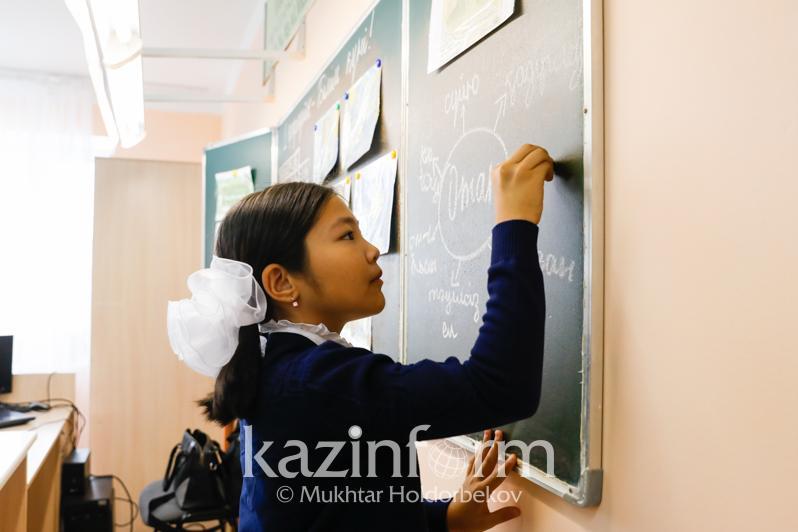 Надеемся, что откроем школы в новом учебном году - Асхат Аймагамбетов