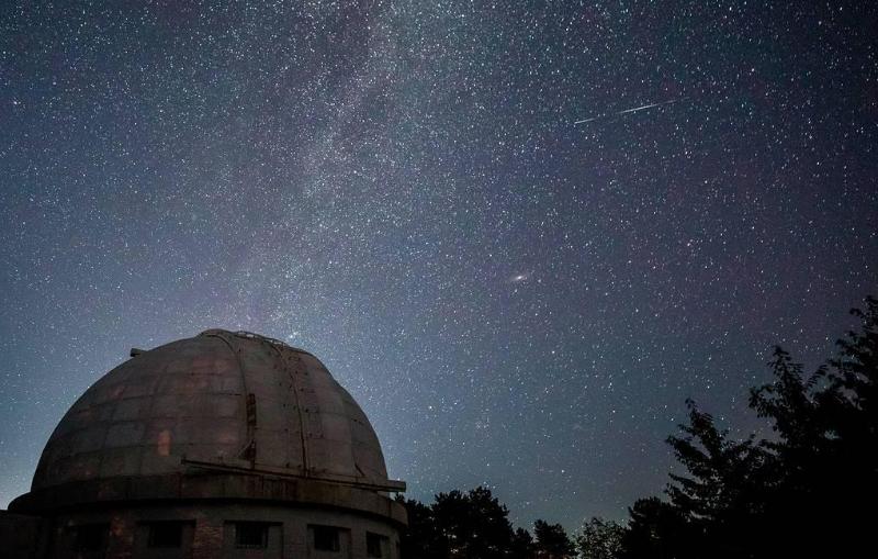 Астрономы засекли древнейший «галактический ветер»