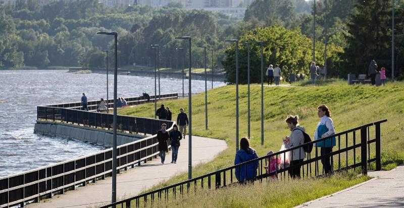 Новые меры из-за роста заболеваемости ковидом ввели в Москве