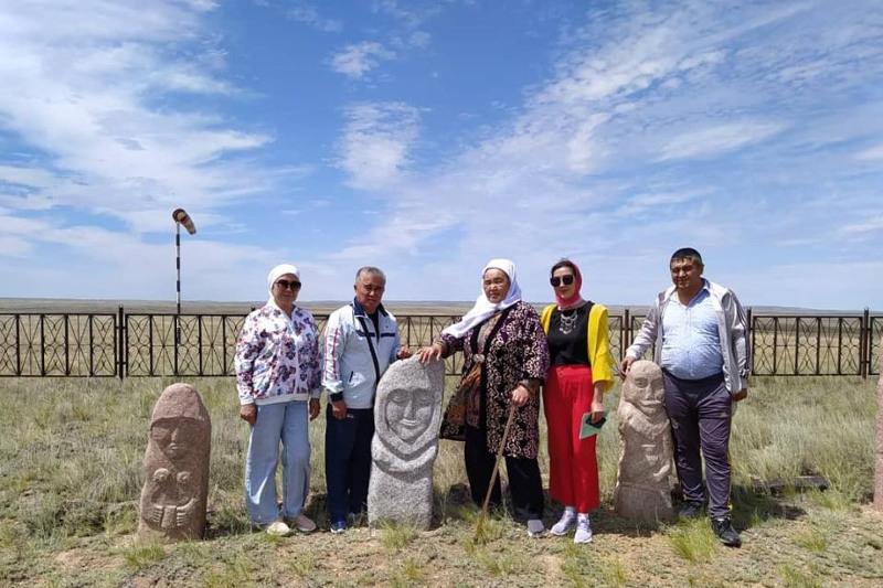 Историко-просветительская экспедиция «Отырардан – Ұлытауға» побывала в Карагандинской области