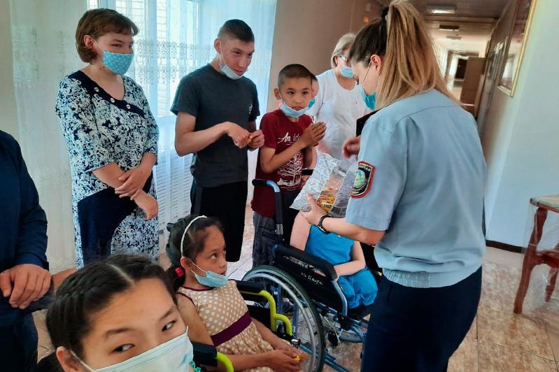 Осужденные занимаются благотворительностью в Карагандинской области