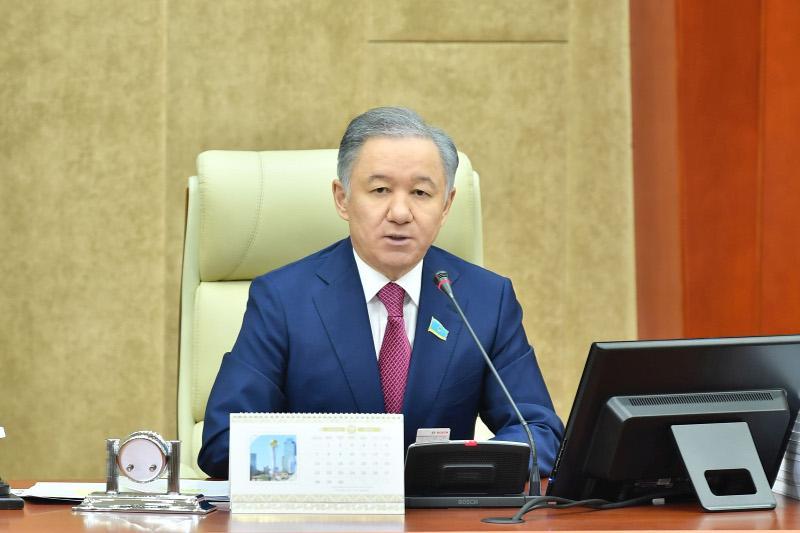 Нурлан Нигматулин подписал Распоряжение о созыве совместного заседания палат Парламента РК