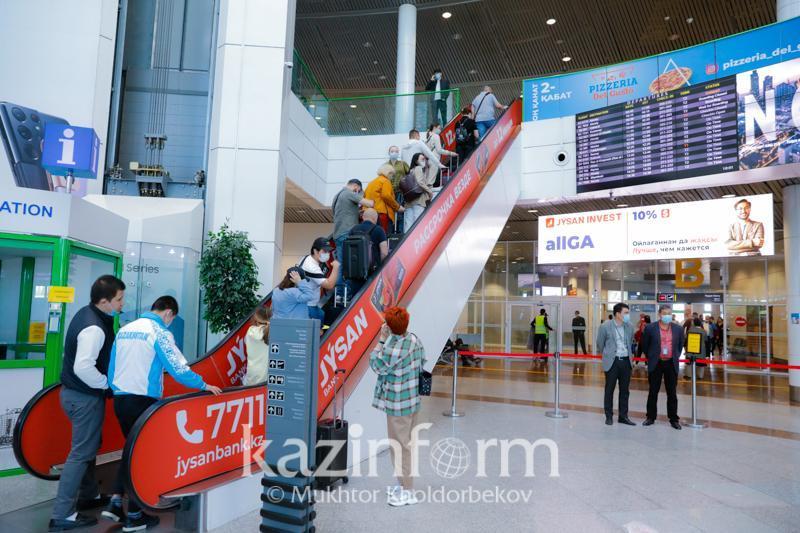 13日有33个国际航班飞抵哈萨克斯坦