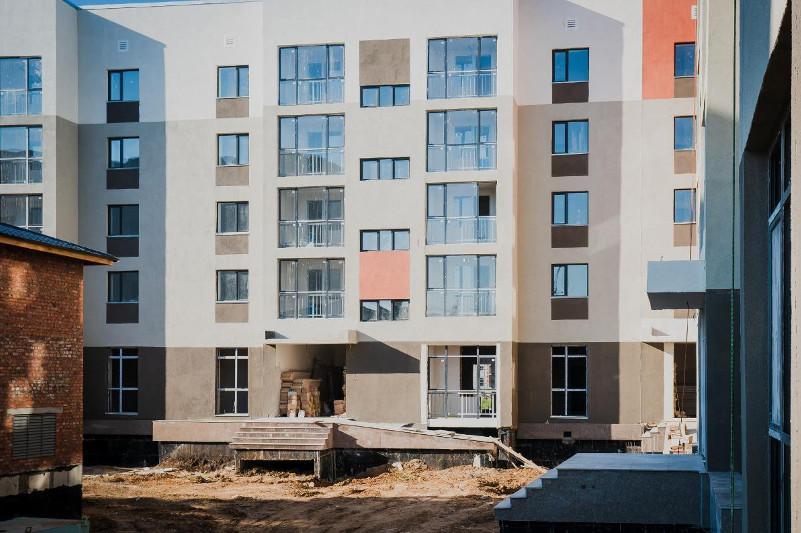 Десять тысяч квартир для очередников построят в этом году в Нур-Султане