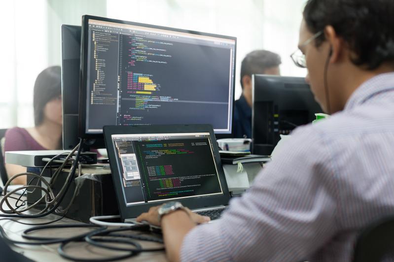 84% казахстанцев с ограниченными возможностями хотят получить образование в области IT - опрос