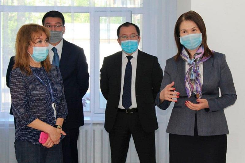 Качество госуслуг, встреча с резервистами - Анар Жаилганова посетила Павлодарскую область