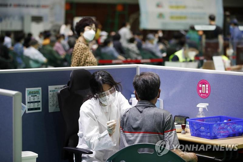 S. Korea: New virus cases in 300s for 2nd day; vaccinations in higher gear