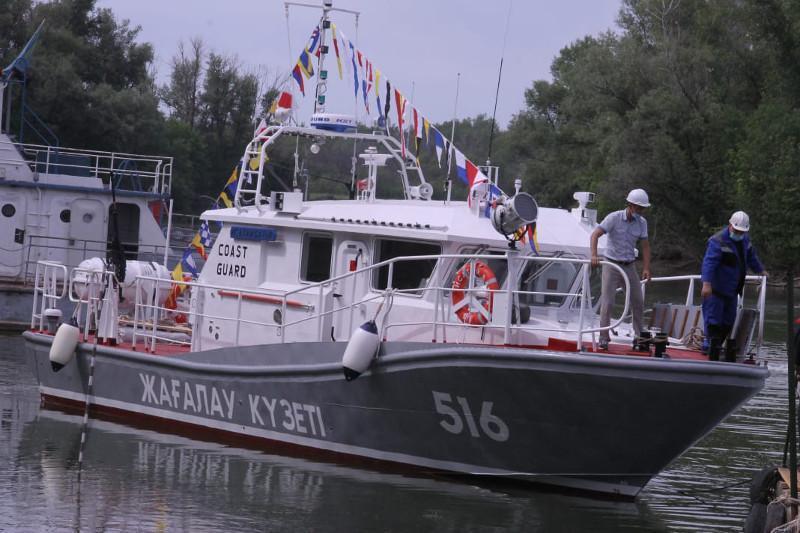 又有两艘国产边防巡逻艇交付使用